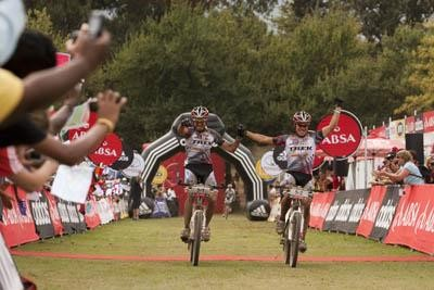Absa Cape Epic | First Stage Win for Trek Brentjens
